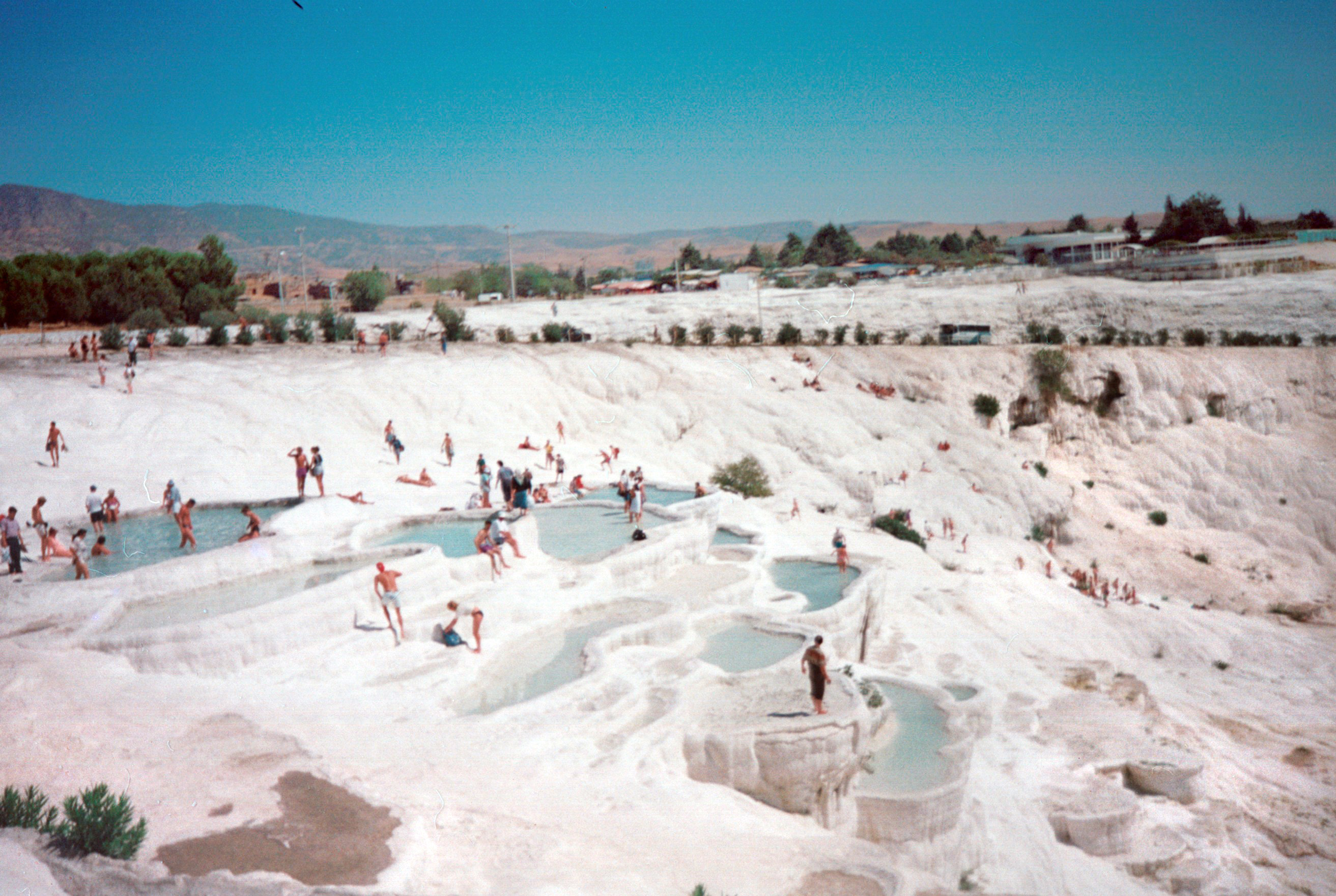 turkey-its-not-snow-in-pamukkale