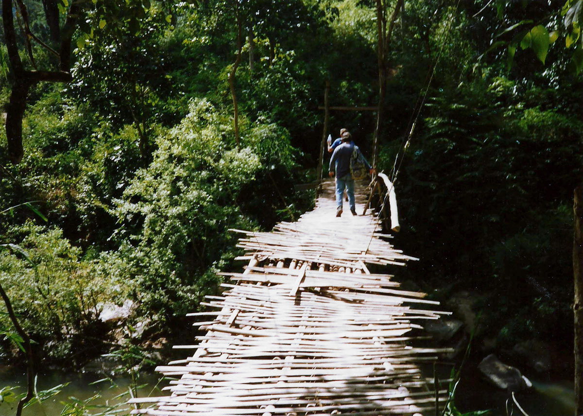 thailand-z-crossing-rickety-bridge_0
