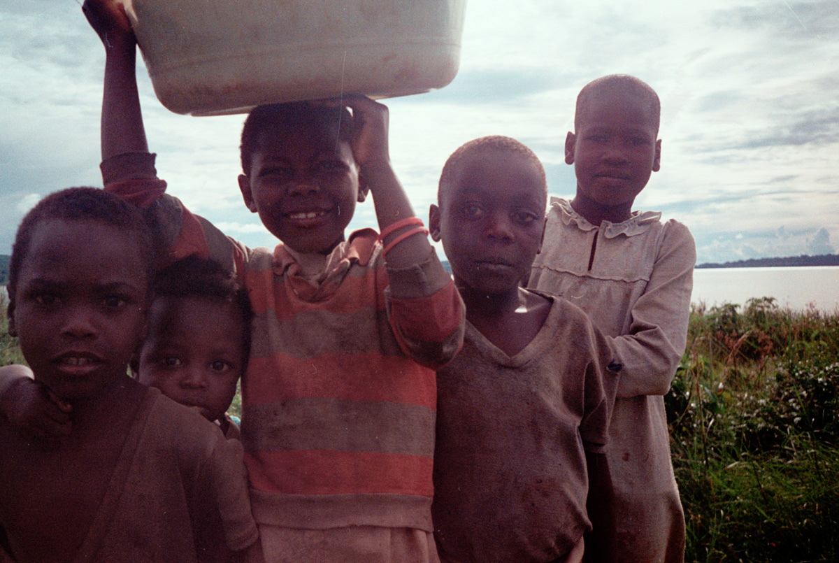 uganda-local-boys